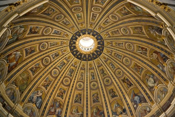 ITALY, Lazio, Rome, Vatican City The Dome of St Peter's basilica church designed by Michelangelo